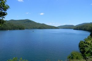 1280px-Fontana_Lake