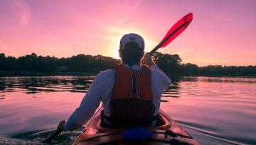 kayaking-1149886_1920-min